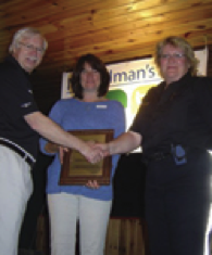 Linda Mainprize receives award at MLRA meeting (2008)